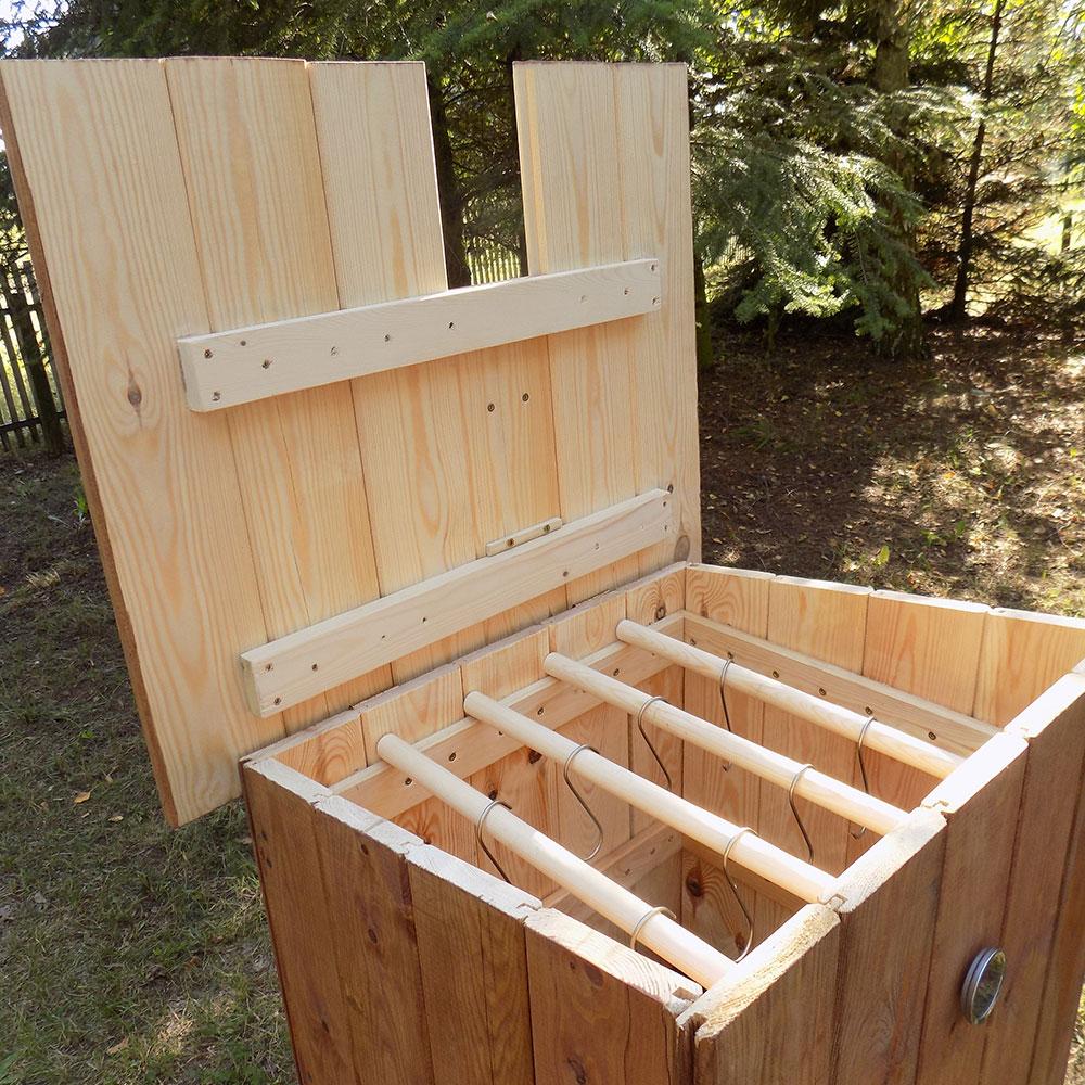 Wędzarnia drewniana wnętrze